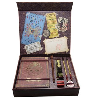 Harry Potter Hogwarts Keepsake Gift Set